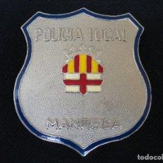 Militaria: PLACA DE PECHO POLICIA LOCAL DE MANRESA (BARCELONA). Lote 180899203