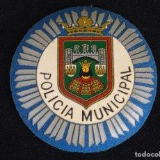 Militaria: PLACA DE PECHO POLICIA MUNICIPAL DE BUEGOS (EN METAL Y PVC,PARA UNIFORMIDAD DE VERANO.. Lote 180955986
