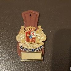 Militaria: ANTIGUO PEPITO POLICÍA LOCAL INSIGNIA EMBLEMA. Lote 183283628