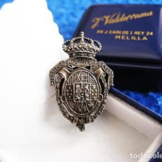 Militaria: INSIGNIA DE SOLAPA EN PLATA DEL INSTITUTO NACIONAL DE PREVISIÓN. ÉPOCA ALFONSO XIII. MODELO ALFILER. Lote 183588301