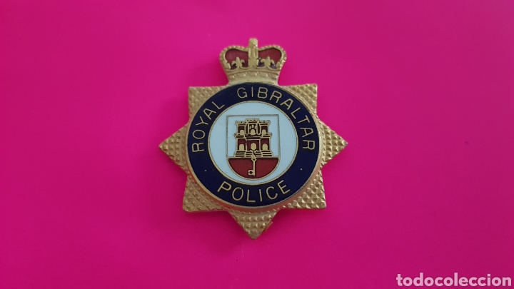 INSIGNIA EMBLE POLICÍA ROYAL GIBRALTAR POLICE EXCELENTE ESTADO (Militar - Insignias Militares Extranjeras y Pins)