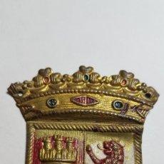 Militaria: PLACA BRAZO CUERPO EJERCITO DE CASTILLA POSTGUERRA. Lote 186432535