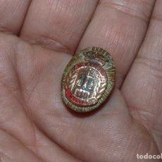 Militaria: RARA INSIGNIA AGENTE JUSTICIA MUNICIPAL POLICIA EPOCA FRANQUISTA. Lote 191736786