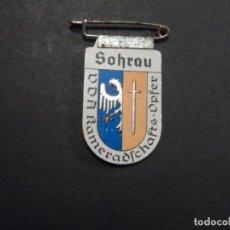 Militaria: INSIGNIA SOLAPA SOHRAU-ŻORY. WINTERHILF-AYUDA DE INVIERNO. ACERO. III REICH. AÑOS 1939-45. Lote 194070553