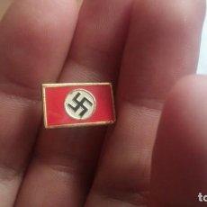 Militaria: PIN BANDERA NAZI DE ALFILER. Lote 194331122