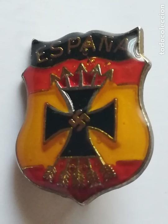 INSIGNIA DIVISIÓN AZUL ENGANCHE ALFILER (Militar - Insignias Militares Españolas y Pins)