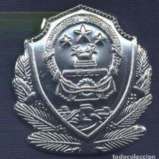 Militaria: CHINA. REPÚBLICA POPULAR DE CHINA. INSIGNIA DE GORRA DE LA POLICÍA.. Lote 194515635