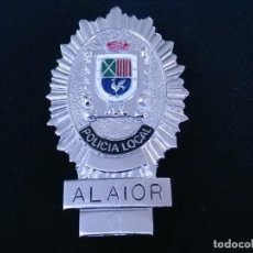 Militaria: PLACA DE PECHO DE ALAYOR ( BALEARES ). Lote 194520402