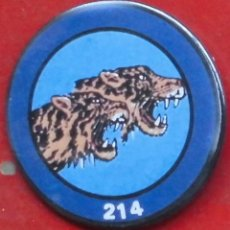 Militaria: 214 ESCUADRÓN DEL EJÉRCITO DEL AIRE. CHAPA NUEVA DE 57 MM. Lote 194745573