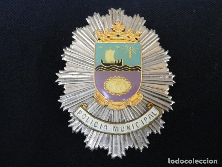 ANTIGUA PLACA DE PECHO DE TIAS ( CANARIAS ) (Militar - Insignias Militares Españolas y Pins)