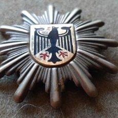 Militaria: INSIGNIA MILITAR - AGUILA ESCUDO ALEMANIA. Lote 194990867