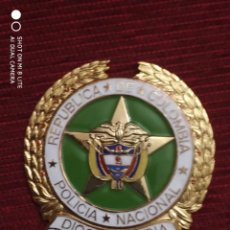 Militaria: INSIGNIA PLACA CARTERA POLICIA NACIONAL DE COLOMBIA SUD-AMERICA. Lote 195273756