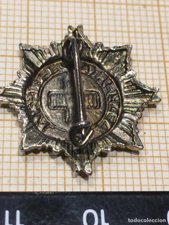 Militaria: Pin x Cruz Roja de la Asamblea Provincial - Foto 3 - 195334650