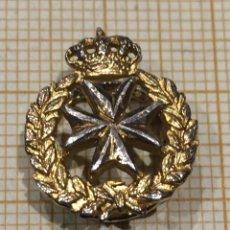 Militaria: PIN SANIDAD MILITAR ANTIGUO. Lote 195335208