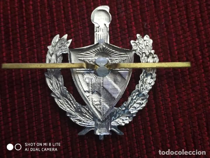 Militaria: Insignia Policia Nacional Republicana de la República de Cuba , Distintivo Policial - Foto 2 - 195340405