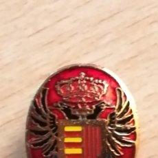 Militaria: INSIGNIA DE OJAL AGUILA BICEFALA. Lote 195968786