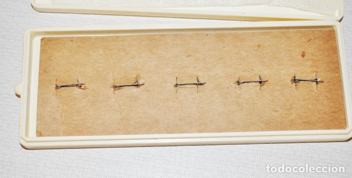 Militaria: Juego de insignias sovieticas con caja original.Soviet Exhibition Center.URSS - Foto 3 - 196785770