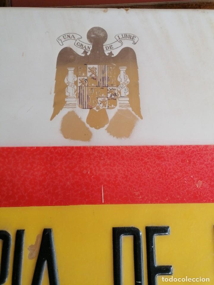 Militaria: Cartel de comisaría de la policía armada época de Franco - Foto 3 - 198900563