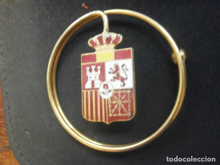 Militaria: Billetero Porta billetes anilla metálica dorada escudo de España esmaltado 5,5 cm. diámetro - Foto 4 - 25545777