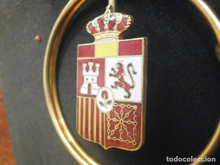 Militaria: Billetero Porta billetes anilla metálica dorada escudo de España esmaltado 5,5 cm. diámetro - Foto 5 - 25545777