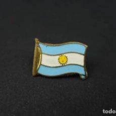 Militaria: ANTIGUO PIN ARGENTINA. Lote 203535292