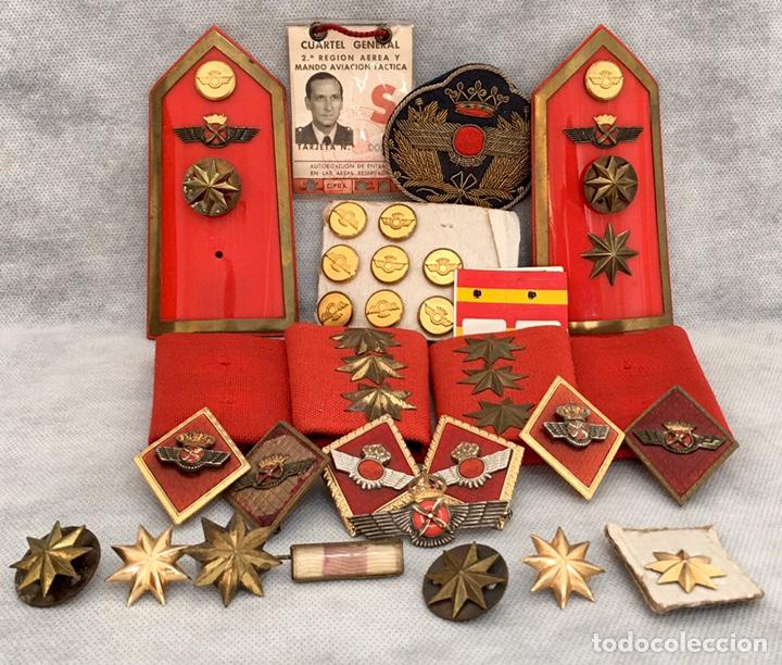 GRAN LOTE ROKISKI MILITAR CON INSIGNIA DE PLATA ANTIGUO 1974 (Militar - Insignias Militares Españolas y Pins)