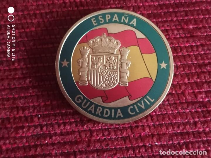MONEDA CONMEMORATIVA GUARDIA CIVIL, PATRONA DEL PILAR COMANDANCIA DE BURGOS (Militar - Insignias Militares Españolas y Pins)