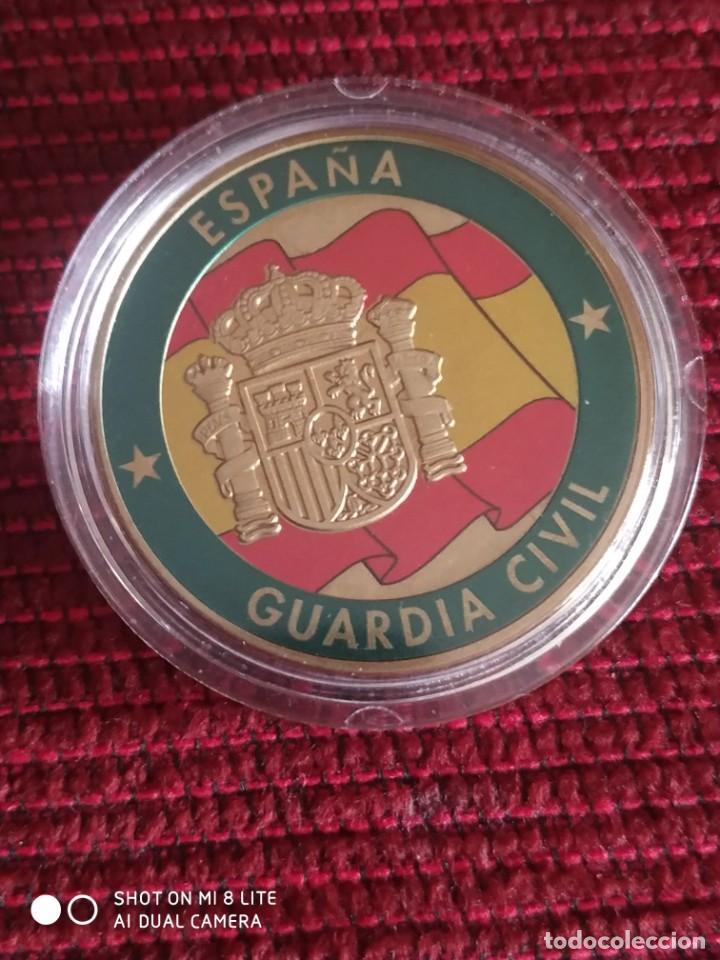 Militaria: Moneda conmemorativa guardia civil, patrona del Pilar Comandancia de Burgos - Foto 3 - 221339740