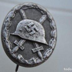 Militaria: DISTINTIVO DE HERIDO EN PLATA.. Lote 205591108