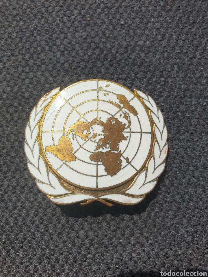 INSIGNIA DE BOINA ONU. (Militar - Insignias Militares Extranjeras y Pins)
