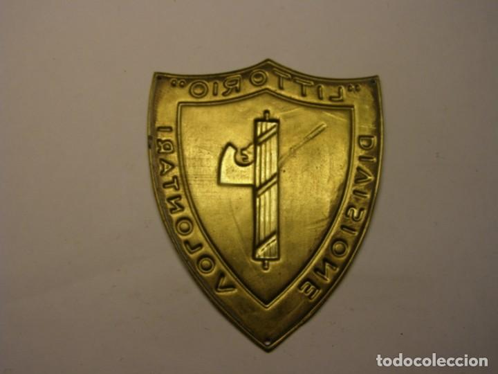 Militaria: Guerra civil Española, insignia divisione volontari Littorio. Réplica. - Foto 2 - 206839261