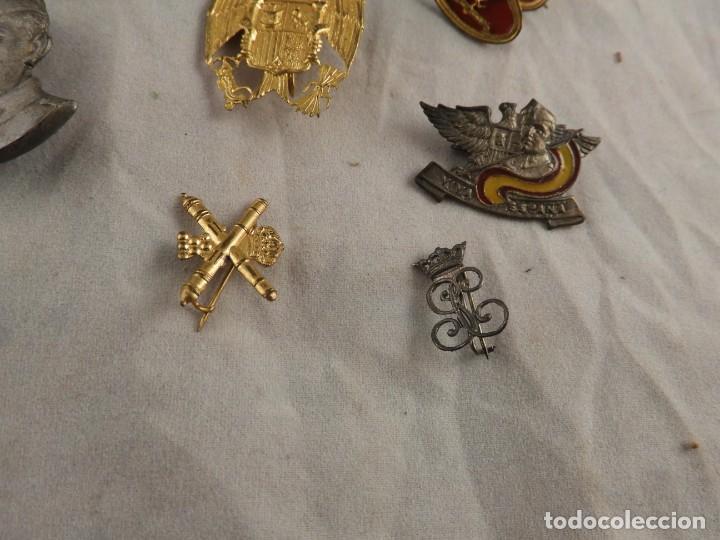Militaria: CONJUNTO DE INSIGNIAS DE EPOCA DE FRANCO ANTIGUAS - Foto 5 - 208944005