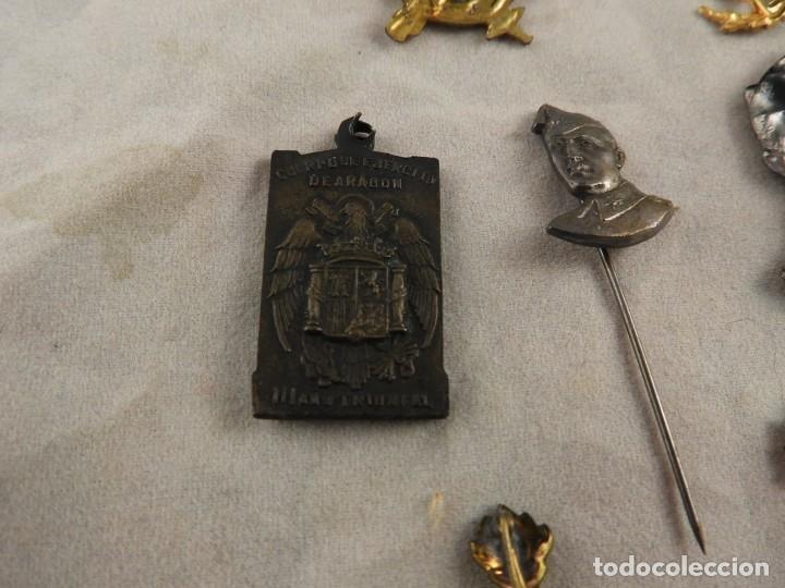Militaria: CONJUNTO DE INSIGNIAS DE EPOCA DE FRANCO ANTIGUAS - Foto 7 - 208944005