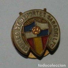 Militaria: INSIGNIA DE SOLAPA ESMALTADA DEL CENTRO DE DEPORTES SABADEL F.C., PARA OJAL.. Lote 210275500