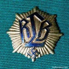 Militaria: INSIGNIA ALEMANA PERÍODO DE LA SEGUNDA GUERRA MUNDIAL. Lote 210832514