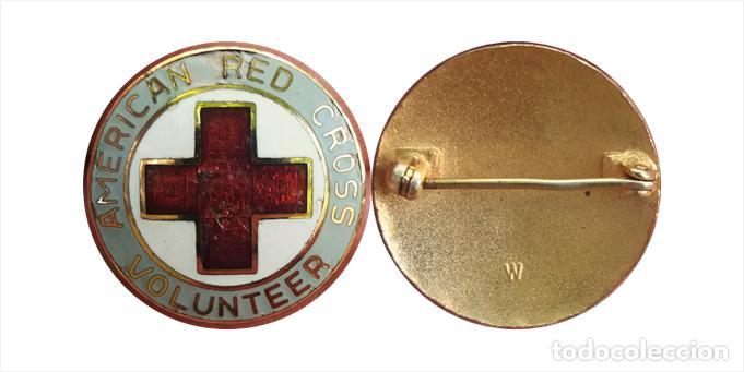 ANTIGUA INSIGNIA AMERICAN RED CROSS VOLUNTEER, CRUZ ROJA AMERICANA-VOLUNTARIO VINTAGE (Militar - Insignias Militares Internacionales y Pins)
