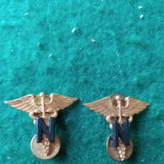 Militaria: PAREJA DE INSIGNIAS ENFERMERAS AMERICANAS. ARMY NURSE CORPS. Lote 215710151