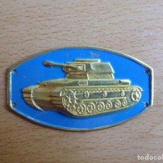 Militaria: EMBLEMA METÁLICO CARRISTA DEL EJÉRCITO ESPAÑOL. PANZER IV. Lote 217163161
