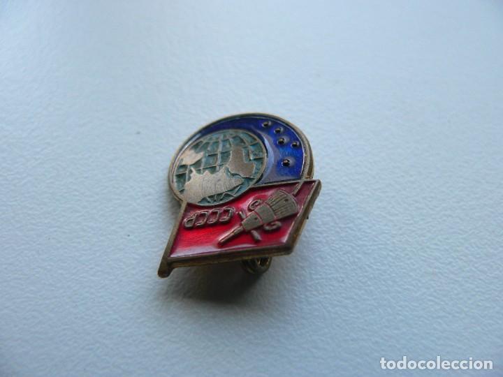 Militaria: URSS INSIGNIA SOVIÉTICA SPUTNIK (Latón, esmalte al fuego) - Foto 3 - 221513700