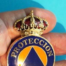 Militaria: PROTECCION CIVIL.- PRECIOSO EMBLEMA METALICO. Lote 227632810