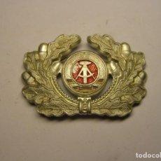 Militaria: INSIGNIA DE GORRA DE LA REPÚBLICA DEMOCRÁTICA ALEMANA, AÑOS 70.. Lote 234774535