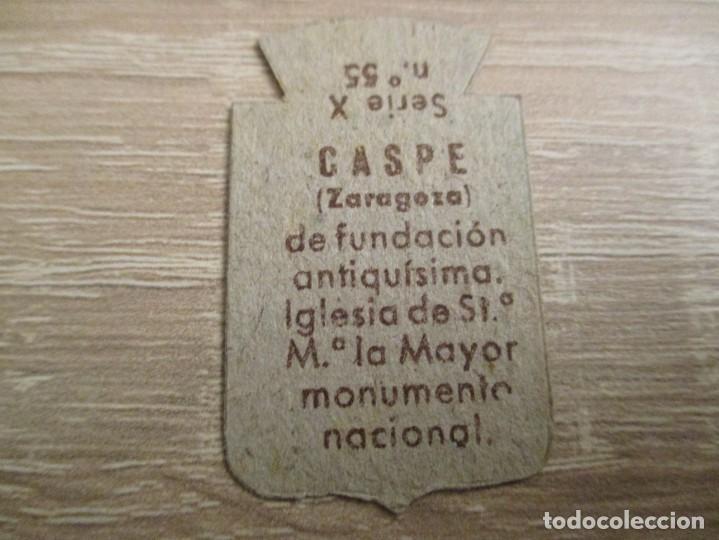 Militaria: AUXILIO SOCIAL EMBLEMA 30 CTS. SERIE: X.- Nº 55.- CASPE. (CATALOGADO) - Foto 2 - 234784825