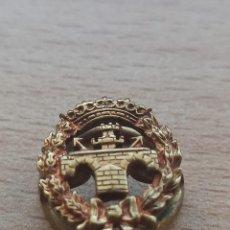 Militaria: PIN DE OJAL DE INGENIEROS. ÉPOCA FRANCO. Lote 234841545
