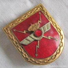 Militaria: INSIGNIA DE AVIACIÓN, EJERCITO DEL AIRE, ESPECIALISTA EN TRASMISIONES 1954. Lote 237886080
