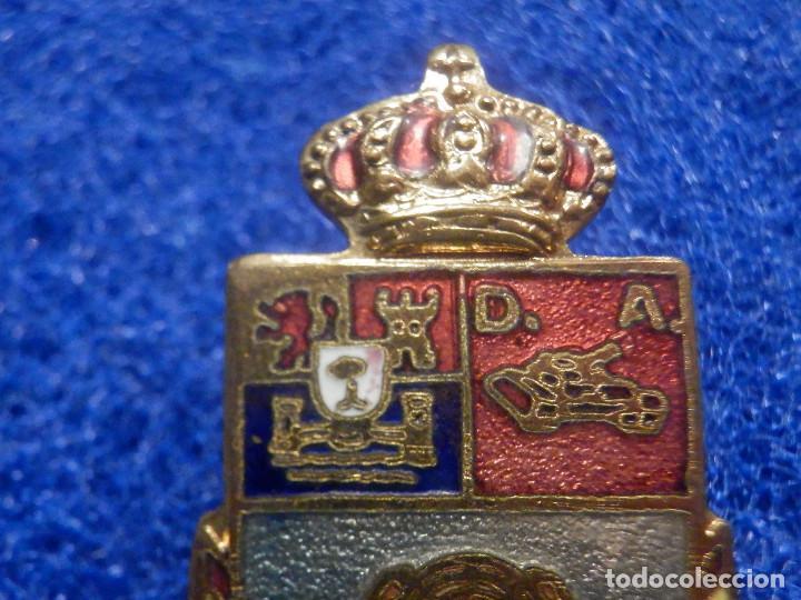 Militaria: Pin Insignia Militar - División Acorazada - AGT Extremadura - 32 x 22 mm - Foto 2 - 244779645