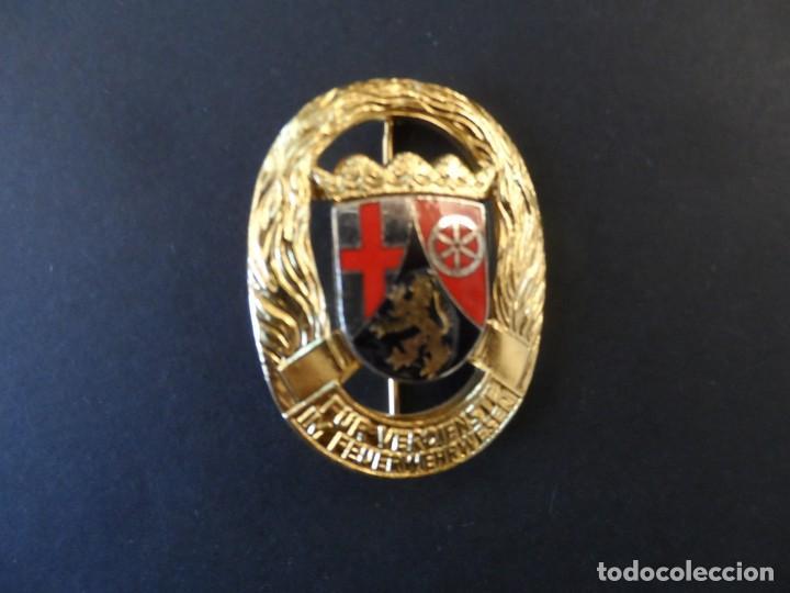 INSIGNIA 35 AÑOS DE SERVICIO CUERPO DE BOMBEROS. RHEINLAND-PFALZ. RENANIA PALATINADO. DEUTCHLAND (Militar - Insignias Militares Internacionales y Pins)