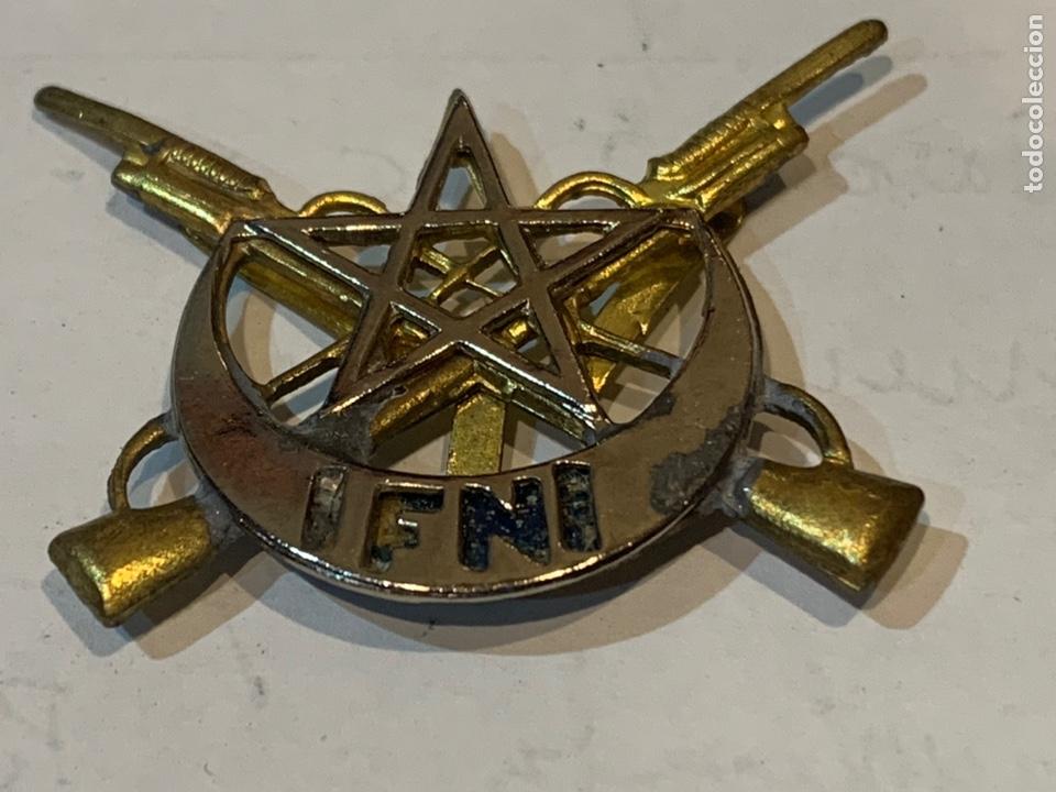 Militaria: Emblema de gorra Tiradores de IFNI - Foto 2 - 246749640