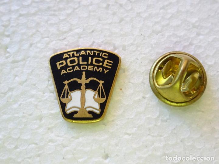 PIN POLICIAL. POLICÍA DE ESTADOS UNIDOS. ATLANTIC POLICE ACADEMY (Militar - Insignias Militares Internacionales y Pins)