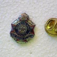 Militaria: PIN POLICIAL. POLICÍA DE AUSTRALIA. PLACA DE QUEENSLAND POLICE. Lote 257333430