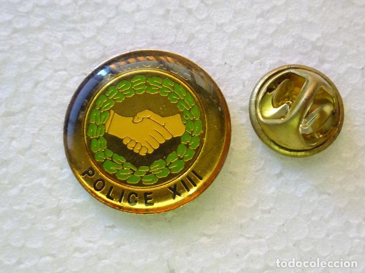 PIN POLICIAL. POLICÍA DE FRANCIA. AMICALE POLICE XIII (Militar - Insignias Militares Internacionales y Pins)